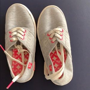 Girl's Roxy sneaker